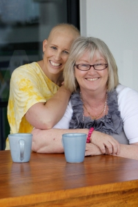 Cancer patient Renee (left) with Debbie Clayton (right). Photo: Cade Mooney / Sunshine Coast Daily