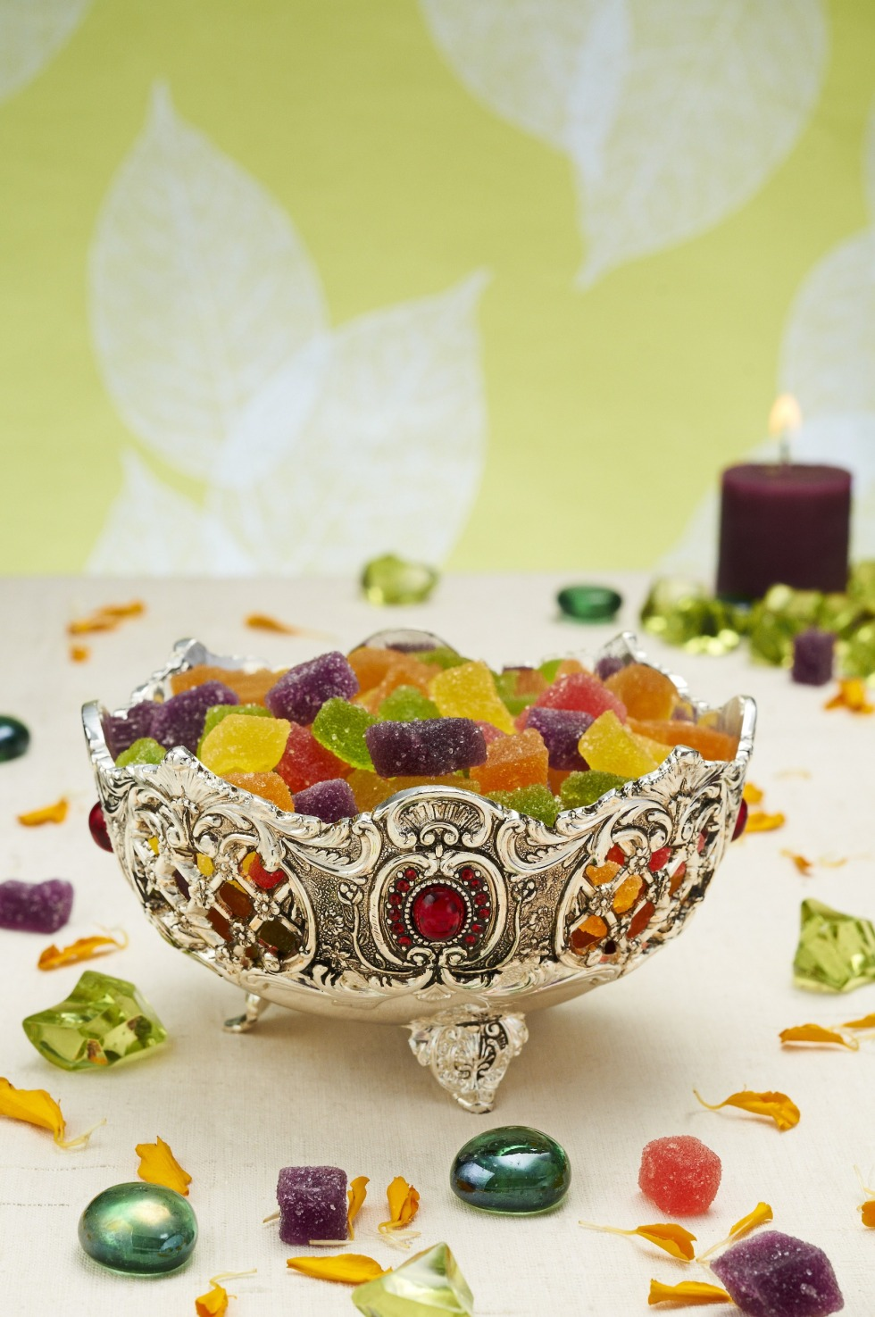 d'mart Exclusif IOTA silver-plated bowl with ruby crystals, Rs 1,400