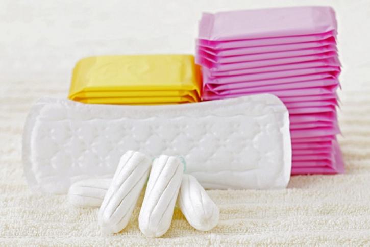 tampons-sanitary-napkins-1_1489743284_725x725