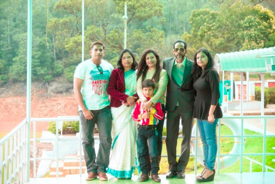 Prerona Roy family