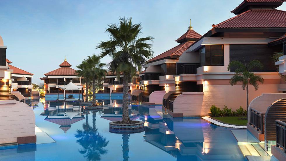 AnantaraPalmDubai_Pool02_property_banner