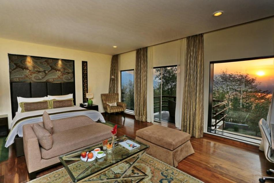 VIVANTA BY TAJ - DAL VIEW_Premium Indulgence Room