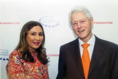 Bill-Clinton-&-Meera-Gandhi