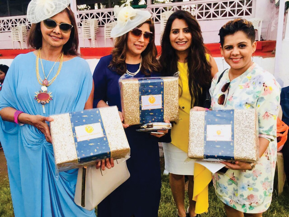 Celebrity-Gift-HAmpers-to-Guest-@-Racecource-Stylecracker