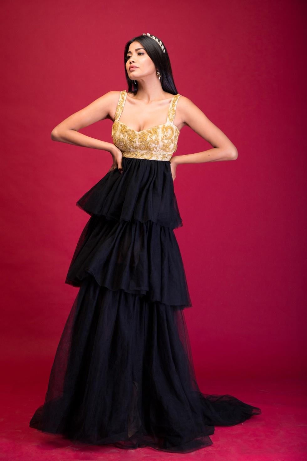 model-wearing-kiaan