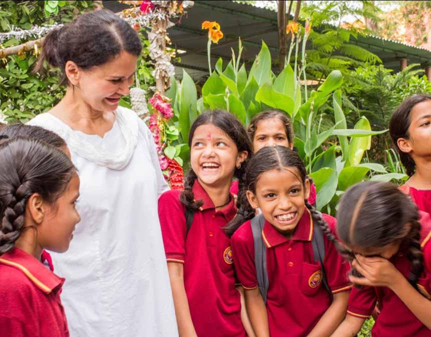 Shahla-and-girls-garden