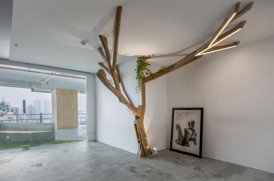 Aleya Sen chrome tree