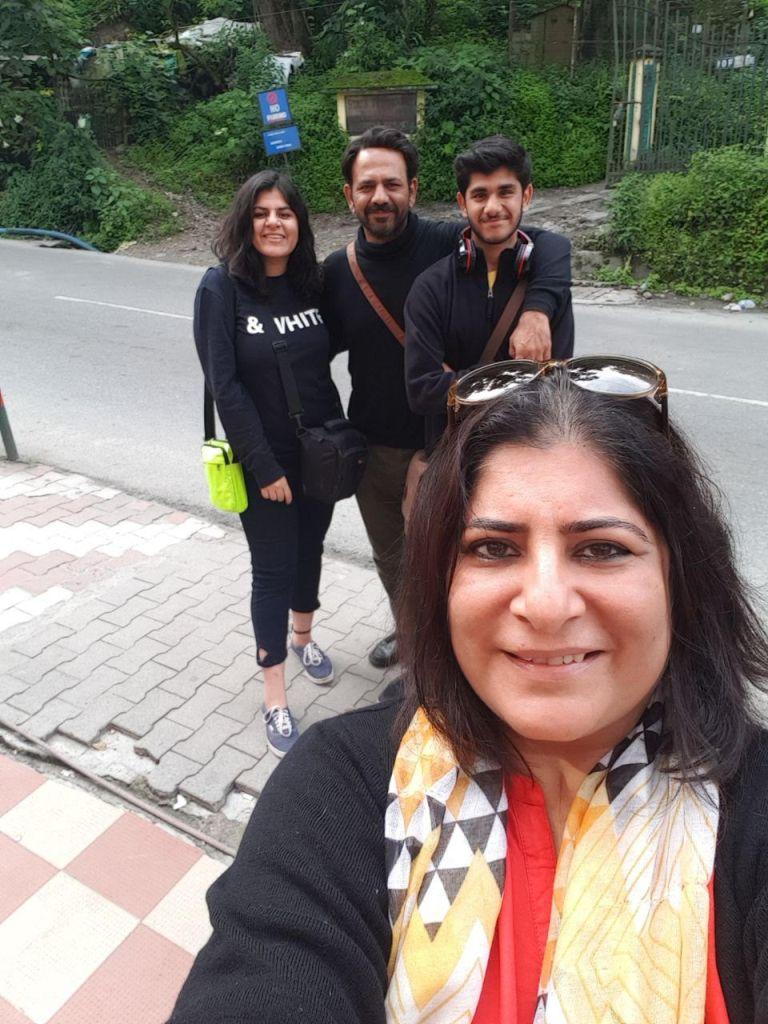 Simran Maini and family