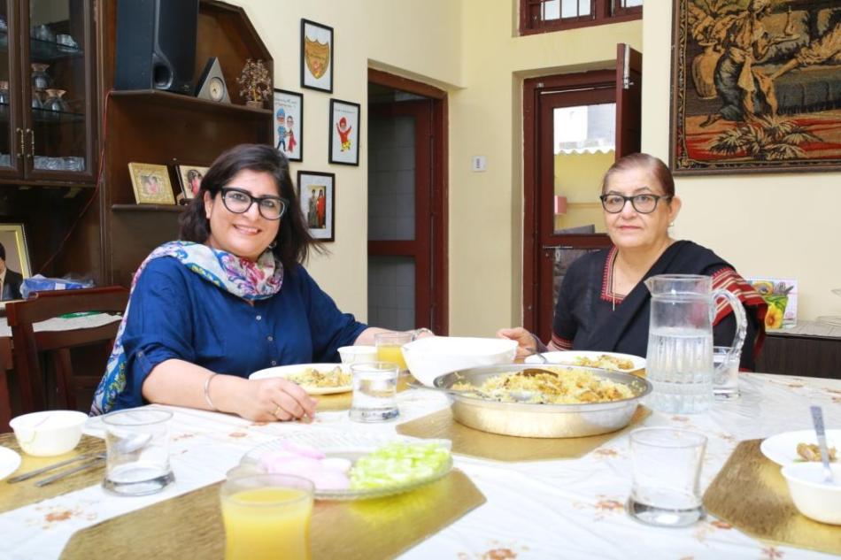 Simran Maini lunch with mom