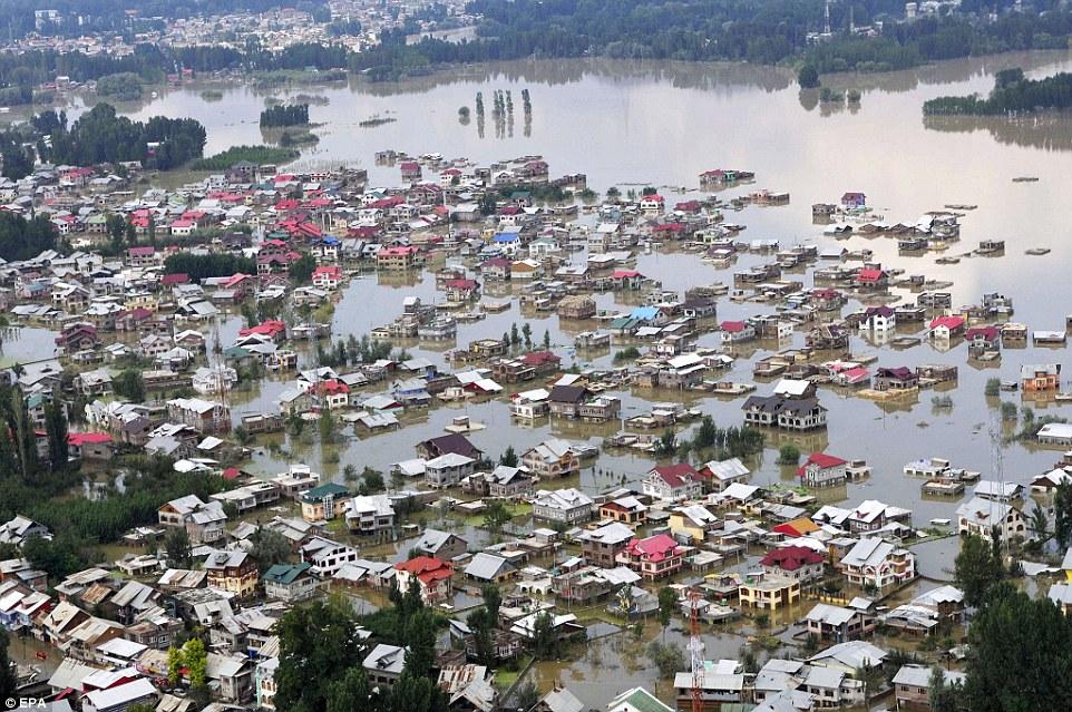 kashmir floods 2014.jpg