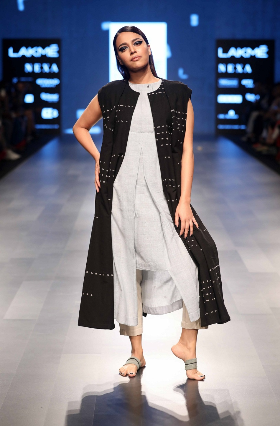 Swara bhaskar for crow