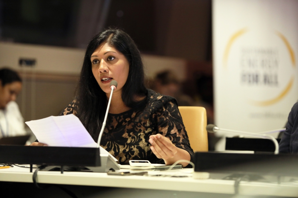ajaita-shah-calling-for-a-new-approach-to-investing-in-women-for-energy-access-at-un-hlpf_photo-1