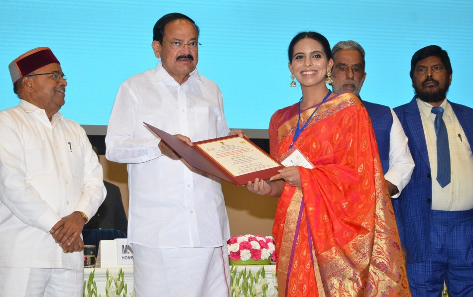 shri m. venkaiah naidu awarded miss deaf asia 2018 nishtha dudeja the 'national award for empowerment of persons with disabilities