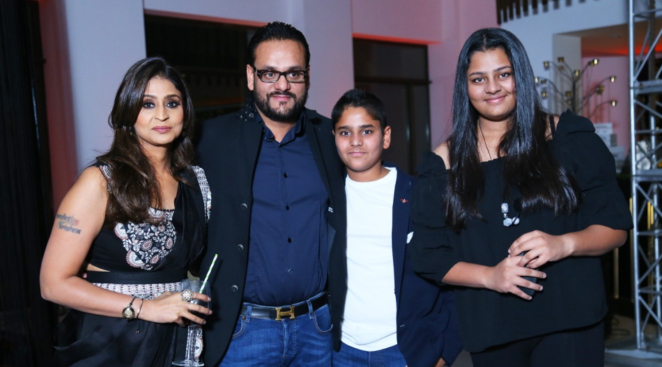 Mamta-Agarwal-and-family