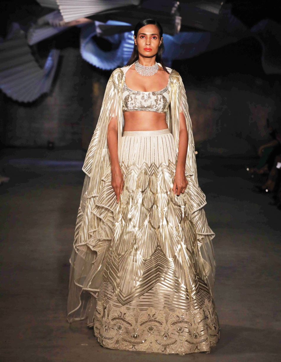 Fashion-Amit-Aggarwal-eshe