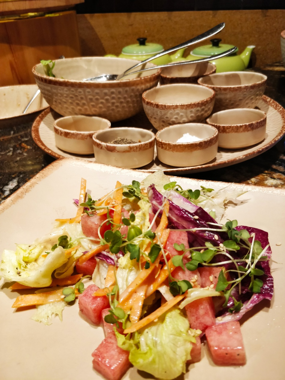 salad-at-oko-eshe