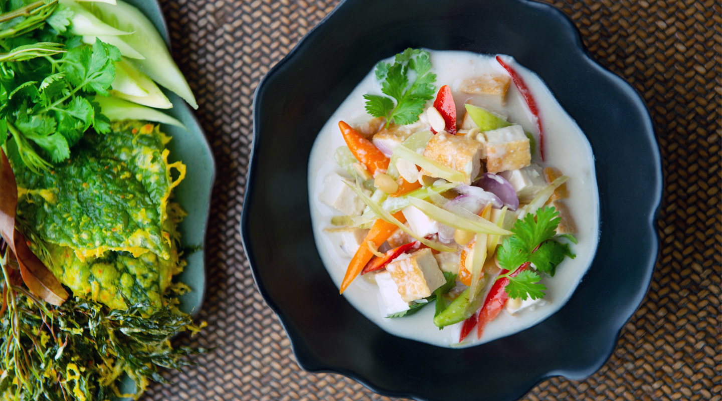 This Chef is Championing Thailand's Fast-Disappearing Recipes