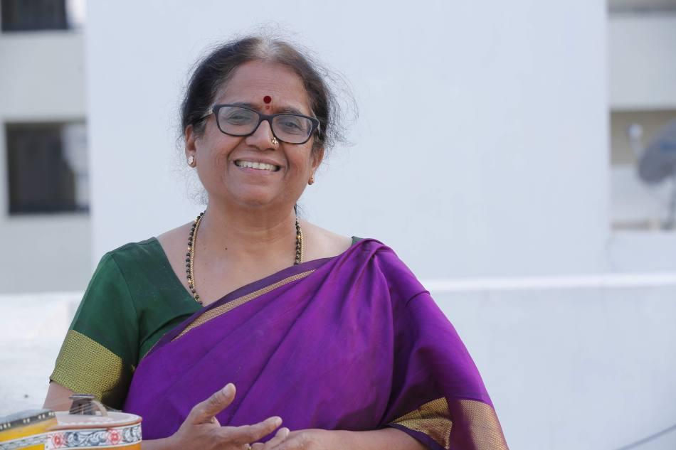 Music Meenakshi Ravi
