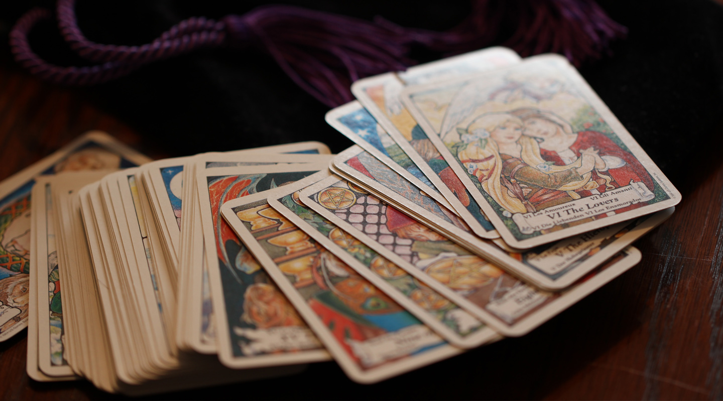 New Direction for Gemini, Power for Libra – What the Cards Say for 2021
